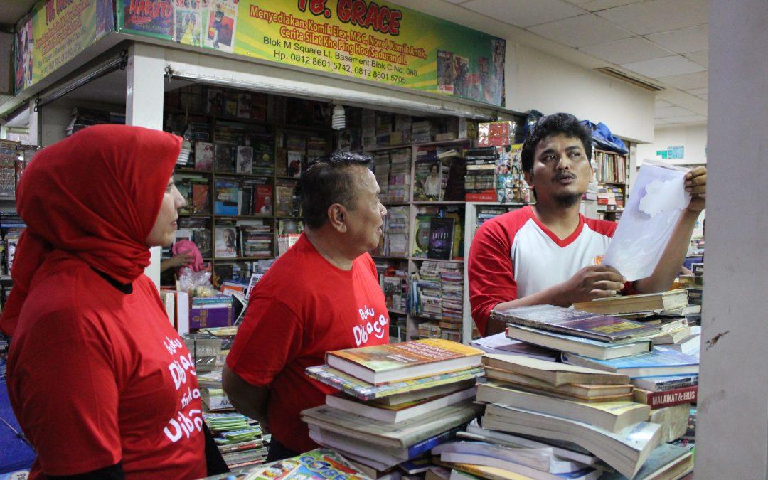 Ikapi Sukses Gelar Kampanye Aksi Anti Pembajakan Buku di Blok M dan Untar